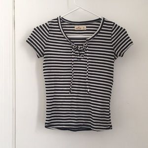 Striped fitted short sleeve shirt
